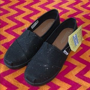 New TOMS Black Glitter Bling Girls 6Y (Youth)